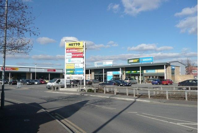 Shopping centre, Ravensthorpe -