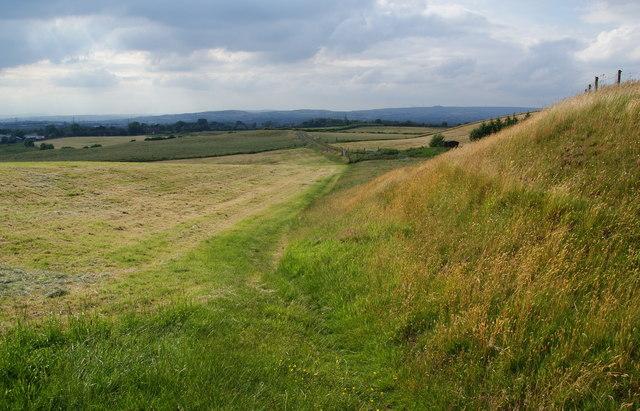 Footpath near Thornfields