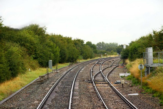 Approaching Abbotswood Junction
