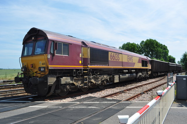 EWS 66135 on a Freight to March