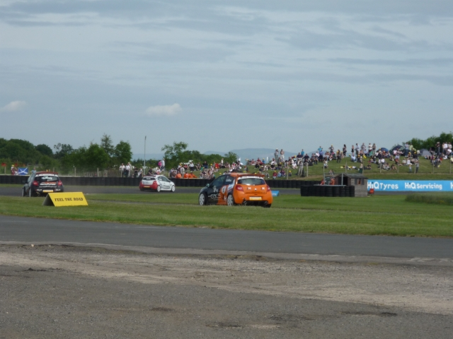 Touring Cars on Sunny