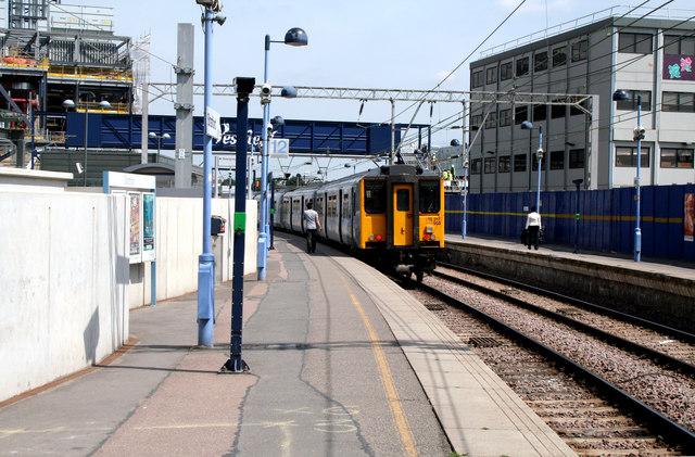 Stratford Station, Platform 12