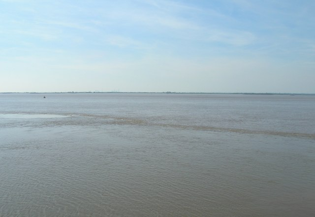 The River Humber, Hull