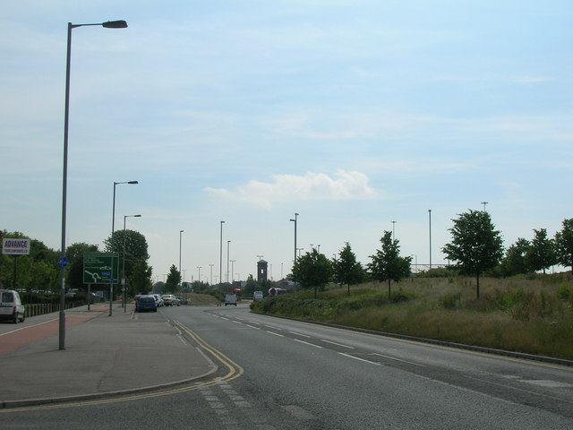 Hedon Road, Hull, looking east