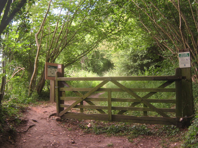 Entrance to Yockletts Banks Nature Reserve on Gogway