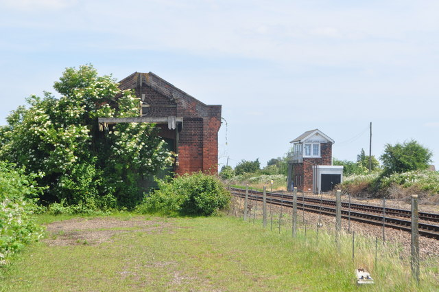Three Horse Shoes Signal Box and Goods Shed