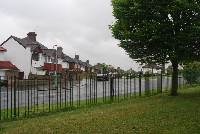 Crescent Way seen from Norwood Grove.