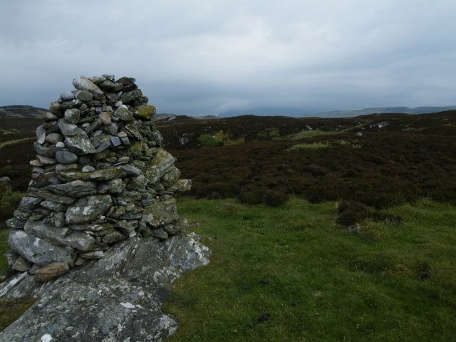 View inland from the small cairn above Uisken Bay