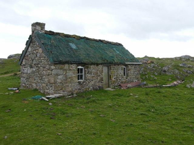 Wee cottage above Ardalanish