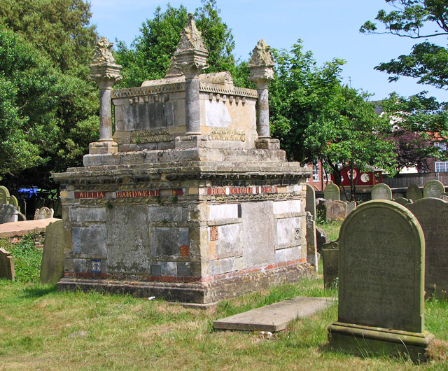 St Edmund's church in Southwold - churchyard
