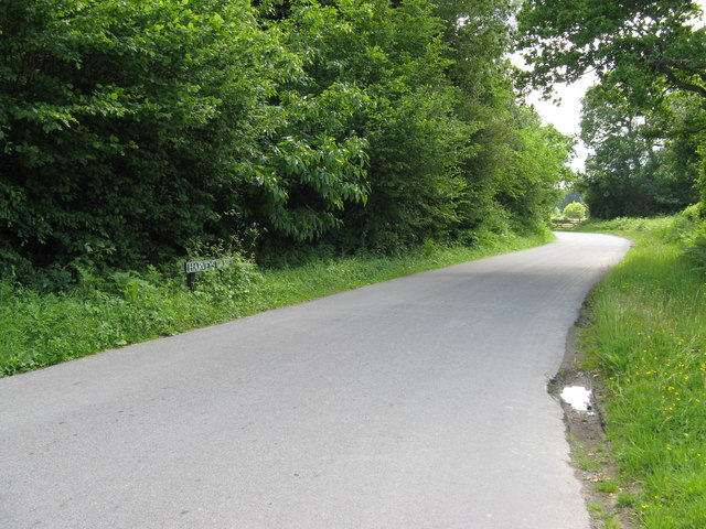 Harveys Lane south from Crump's Corner