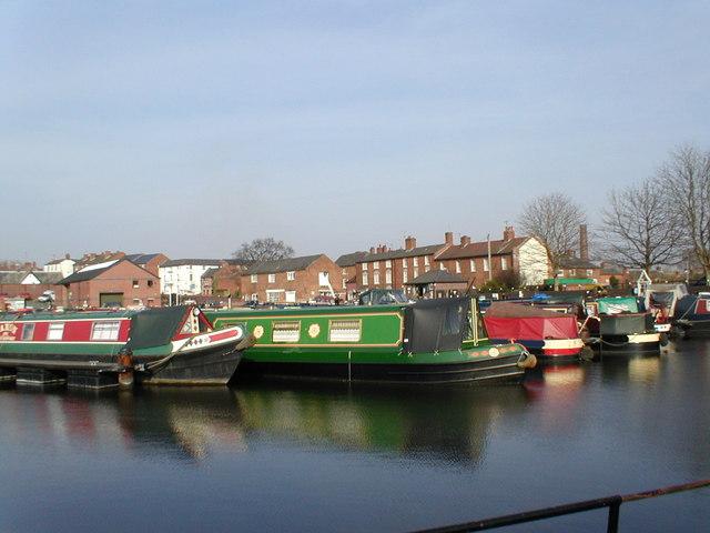 Narrow boats in Stourport Basin