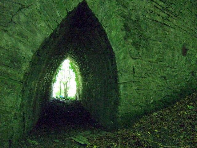 Flood arch under Hammet Bridge