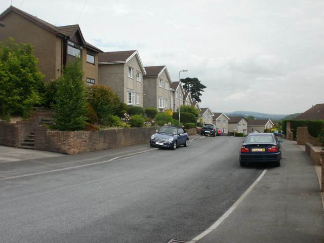 Middle section of Cotswold Way, Newport