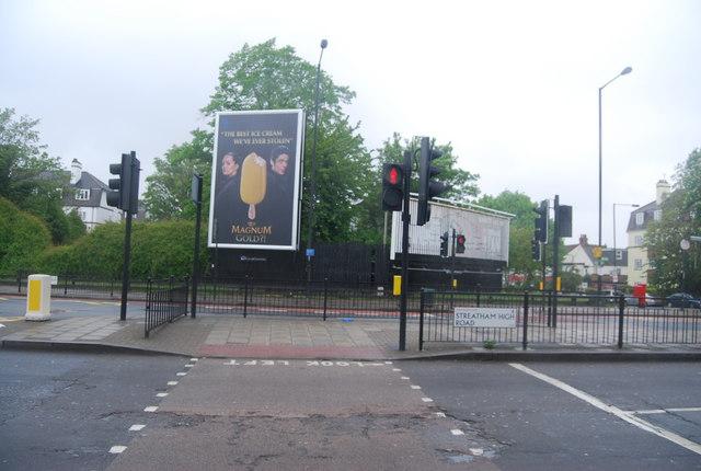 Pedestrian Crossing, Streatham High Rd