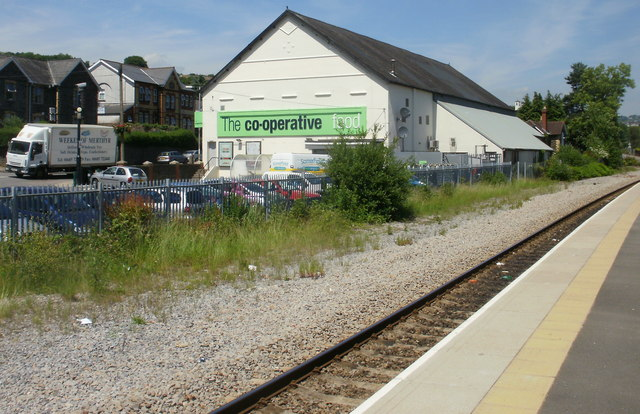 The Co-operative Food Store, Newbridge