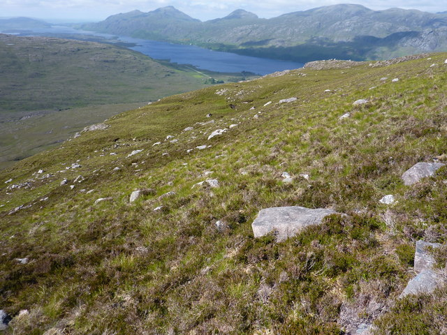 Rocky moorland on steep slope above Grudie River
