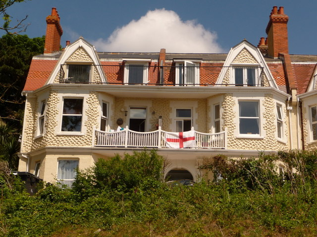 Boscombe: Undercliff Road frontages