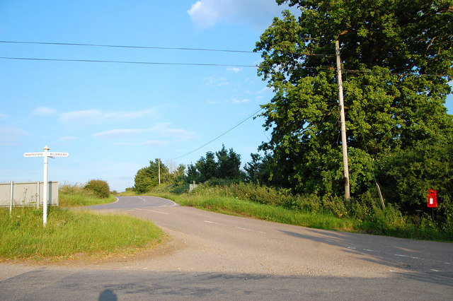 Road junction at Buttsbury