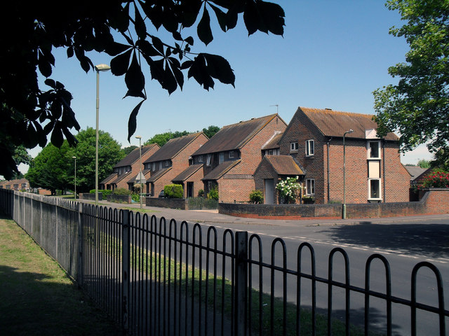 Houses on Newlands Avenue