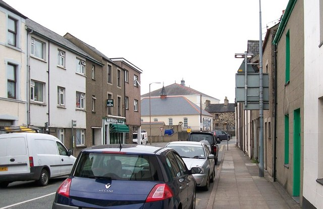 The lower end of Sand Street approaching Capel y Drindod chapel