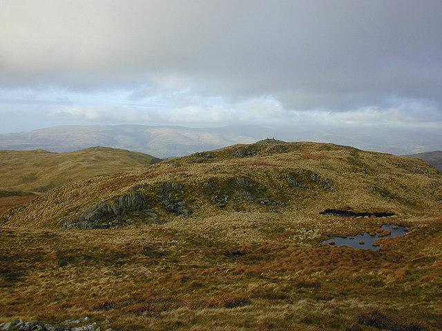 The northern cairn on Moel y Llyn