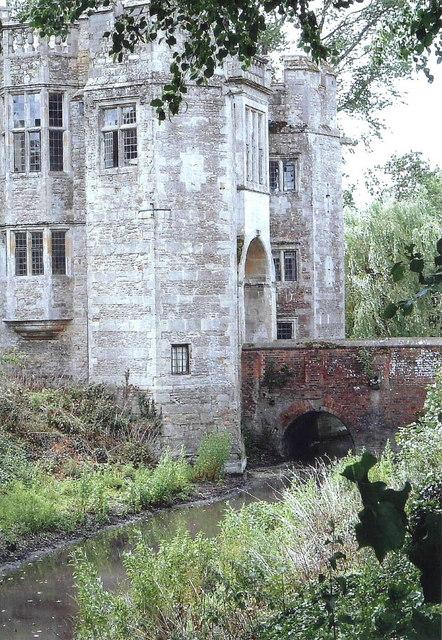 Boarstal Tower, Buckinghamshire
