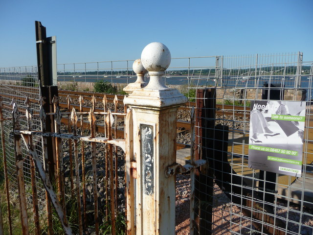 Starcross : Railway Crossing