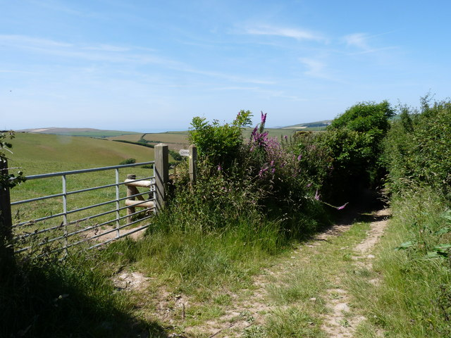 The top of Hole Lane where a footpath leads away to Croyde