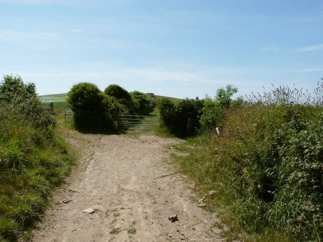 One end of Long Lane where it meets Hannabarrow Lane (left) and Hole Lane (right)