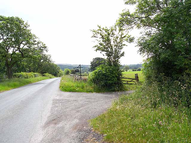 Road near Maryholme