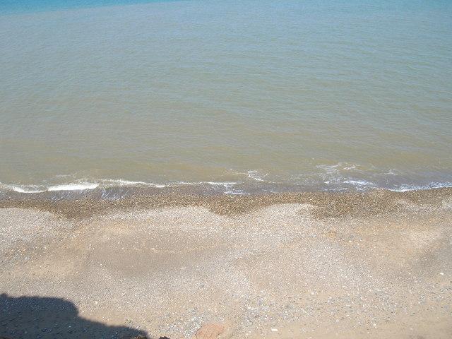 Beach beneath Holmpton Cliffs