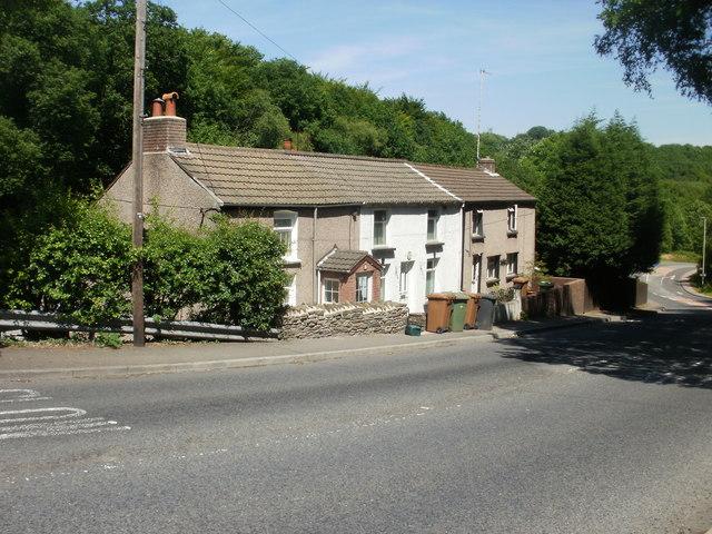 White Cottages, Kendon Road