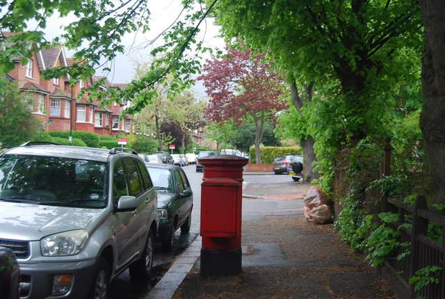 Postbox, Riggindale Rd