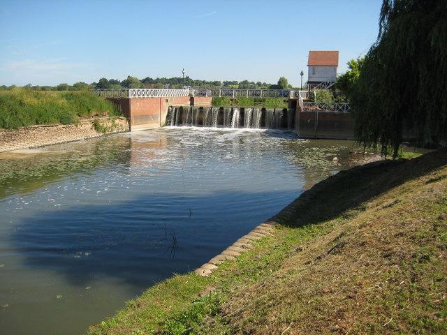 Weir by Abbey Mill