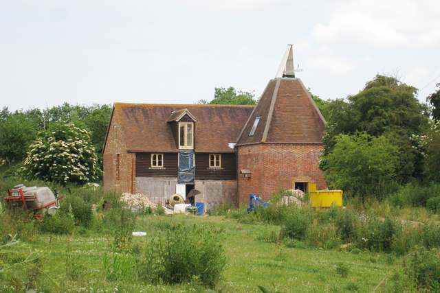 Oast House at Bowerland Farm, Bowerland Lane, Chilham, Kent