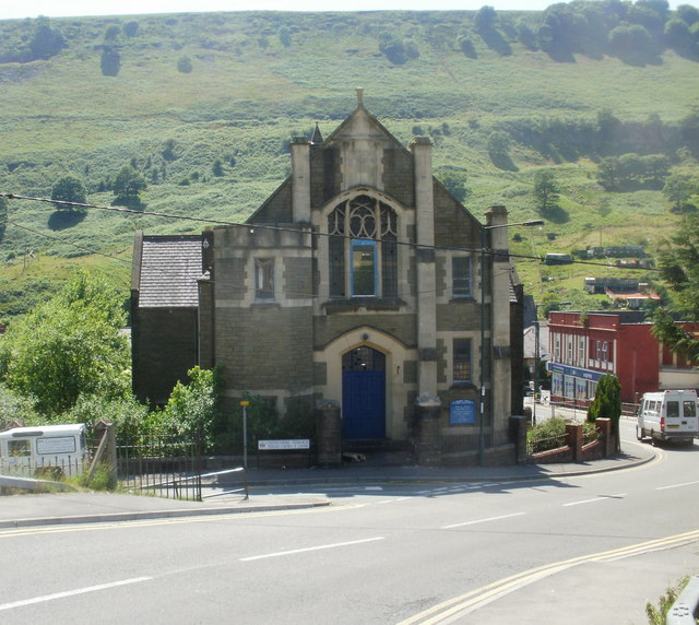 Mill terrace methodist church cwm jaggery geograph for 4 church terrace docking