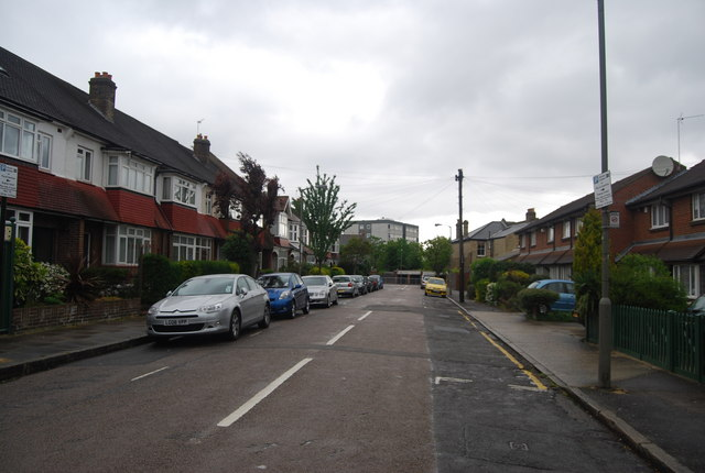 Terraced houses off Fountenoy Rd