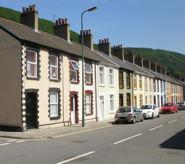 Marine Street, Cwm