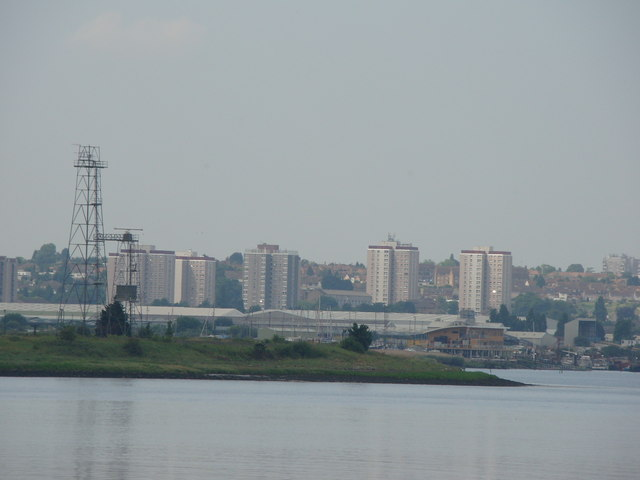 Zoom in on Erith from Rainham Marshes Information Centre steps