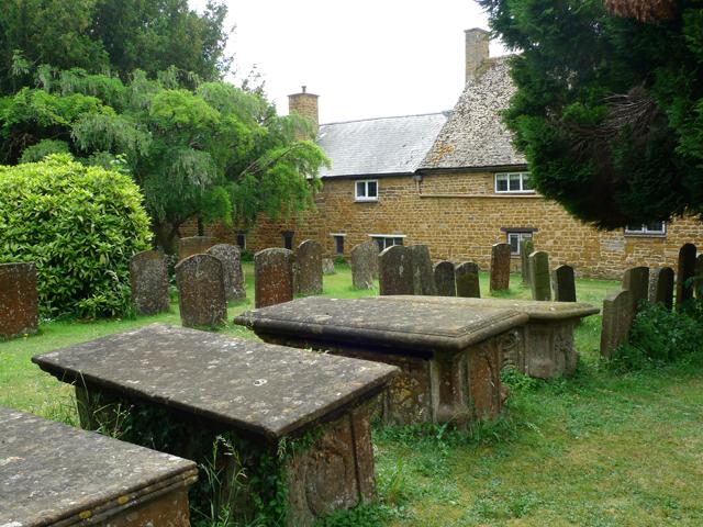 Quiet Neighbours in the Churchyard, Deddington