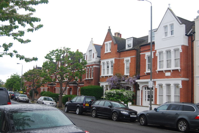 Large houses, Ritherdon Rd