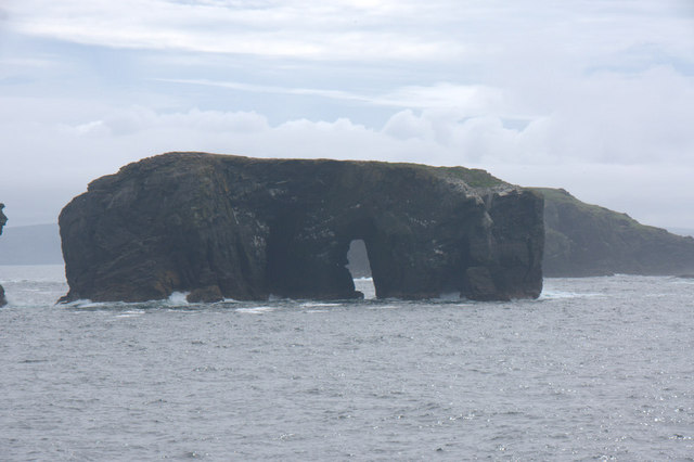 The natural arch in Flodda, Ramna Stacks