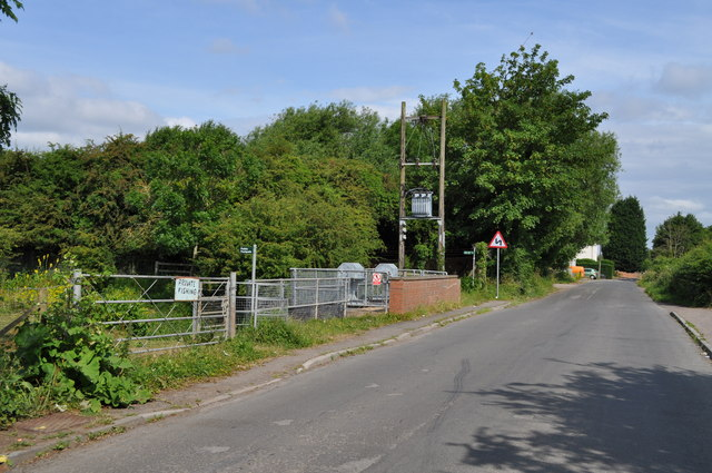 Where the Gloucestershire Way (footpath) crosses Sandhurst Road
