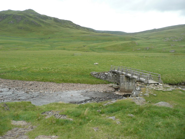 Footbridge over the Allt Fearnach