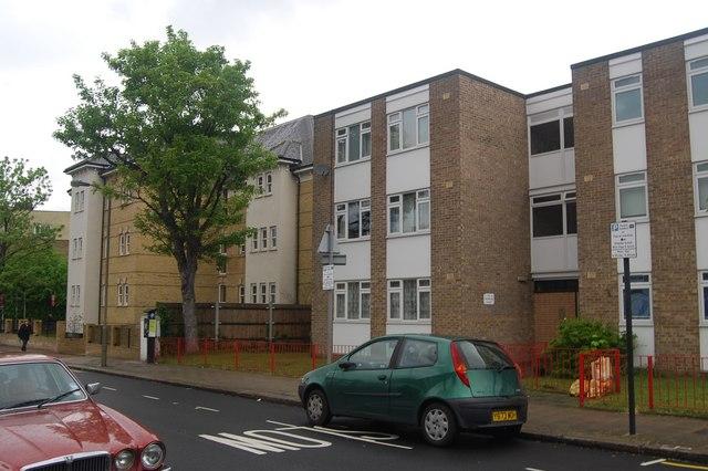 Flats, Balham Park Rd