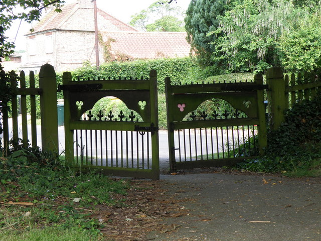Church gates from inside the church grounds at Old Bolingbroke