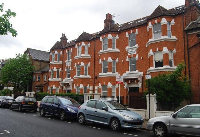 Balham Park Mansions, Balham Park Rd