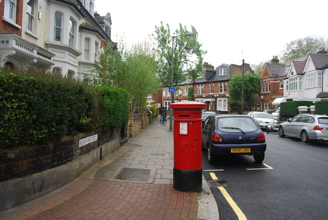 Postbox, Balham Park Rd