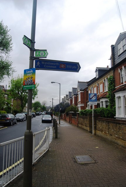 Capital Ring Sign, Balham Park Rd